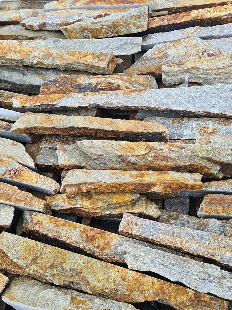 Gnejs Ryska Bułgaria naturalny kamień szaro – beżowy